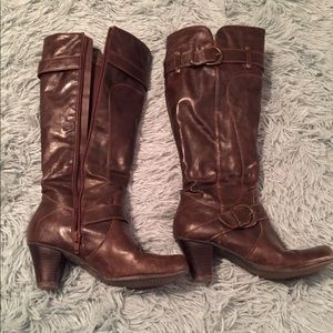 Wear Ever brown boots